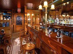 Небольшой пивной бар